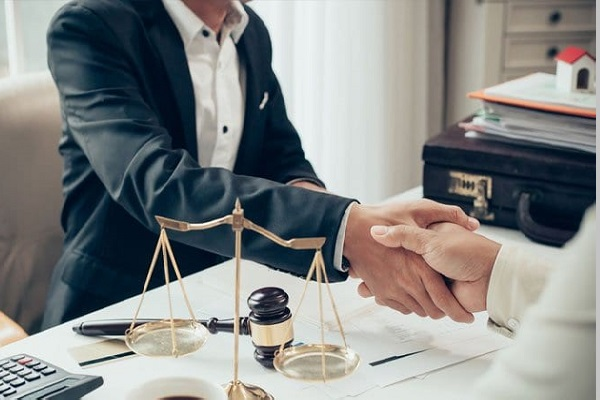 is-hukuku-yargitay-kararlari-600x400